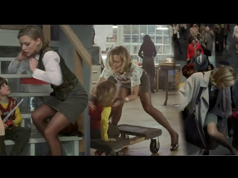 Michelle Pfeiffer really great pantyhose throughout - One Fine Day 1996