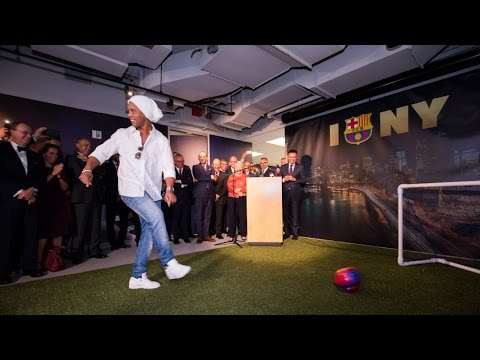 A Goal By Ronaldinho Officially Opens FC Barcelona's New York Office!