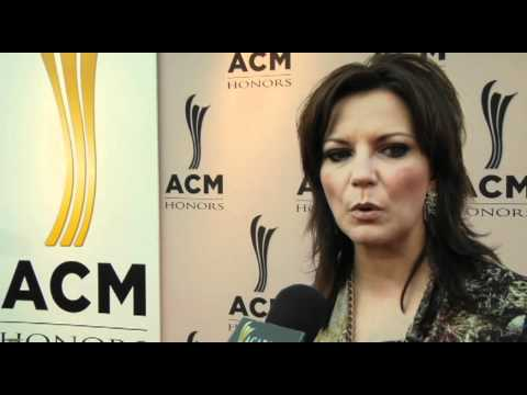 On the Carpet with Martina McBride at ACM Honors
