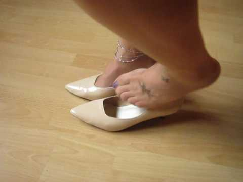 Beige Patent Kitten Heels, Anklet And Tattoos; Shoepla And Dangling