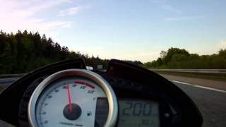 3. Kawasaki Z1000 Top Speed