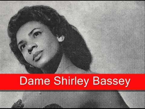 Tekst piosenki Shirley Bassey - I'll Remember April po polsku