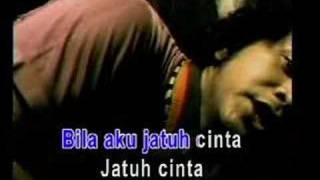Video Nidji - Bila Aku Jatuh Cinta MP3, 3GP, MP4, WEBM, AVI, FLV Desember 2017
