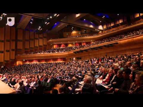 Feier des Erfolgs, ein OU Diplomverleihung: Barbican 2012