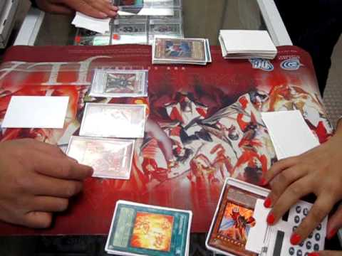 lilwunxx - A duel in the new format with Dale Bellido (Flamvell Monarchs) vs. Audrey Tan (Twilight) Game 1.