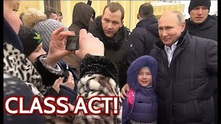 Video WOW: Putin Stops His Limo To Comfort Crying Girl And Take Photo With Her! Watch Until The End! MP3, 3GP, MP4, WEBM, AVI, FLV Februari 2019