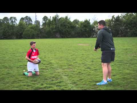 Mini rugby video: How to catch a high ball