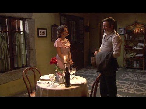 il segreto - emilia prepara una cena romantica ad alfonso ma lui va via