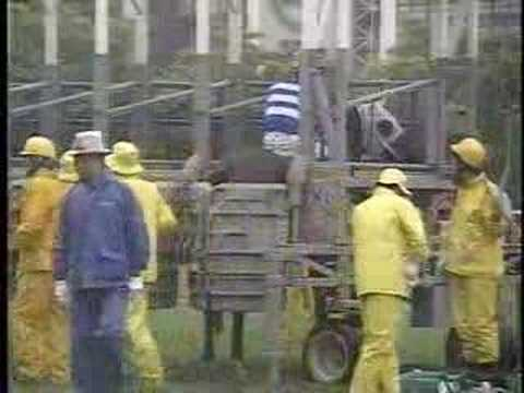 「[競馬]ハンパない酷さ。2005年札幌記念、伝説の北大吹奏楽部ファンファーレ」のイメージ