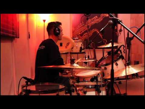 The Black Circles - One Big Lie featuring Jesse Davey