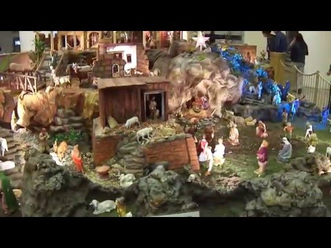 Nacimientos de Navidad. - El Nacimiento 1012 de Gastn Calvet Warnery en el Centro Comercial Perinorte, Cuautitln Izcalli, Estado de Mxico. Escala de la figuras: o pastores: 20 cm V...