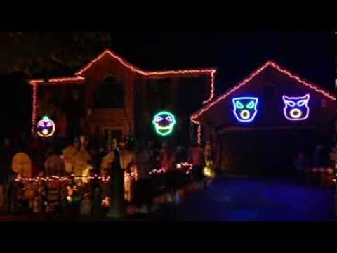 2013 Halloween Halloween Lights Synchronized To AWOLNATION s
