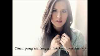 Video Raisa   Apalah arti menunggu MP3, 3GP, MP4, WEBM, AVI, FLV November 2017
