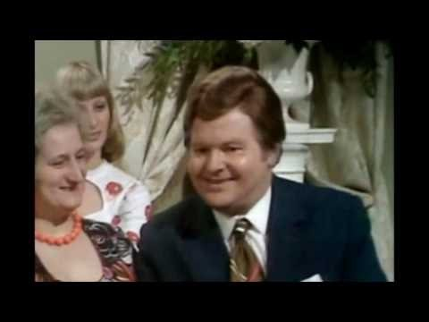 The Benny Hill Show S07E04 - Sale of the Half-Century