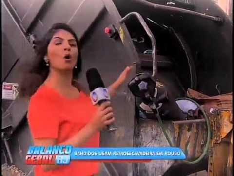 Criminosos roubam caminhões da Comlurb em São Cristóvão
