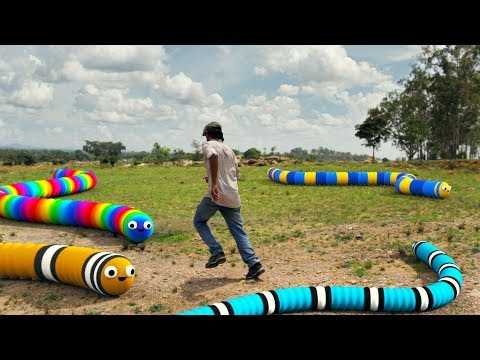 Slither.io In Real Life 2 (видео)