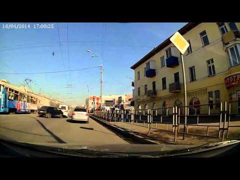 Авария в Кемерово на проспекте Ленина 16 04 2014