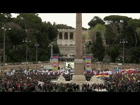 Ιταλία: Διαδήλωση ομόφυλων ζευγαριών στη Ρώμη για περισσότερα δικαιώματα
