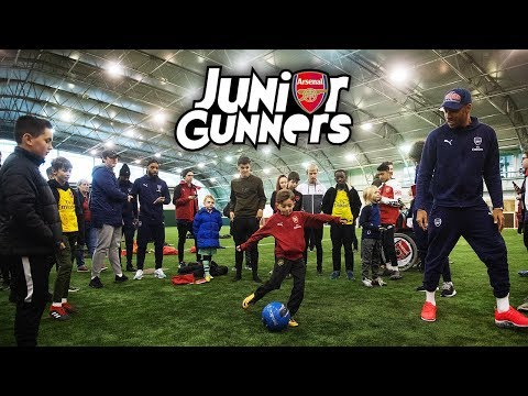 Junior Gunners Meet Arsenal Players | Target Practice, Buzz Wire & Curling Competition