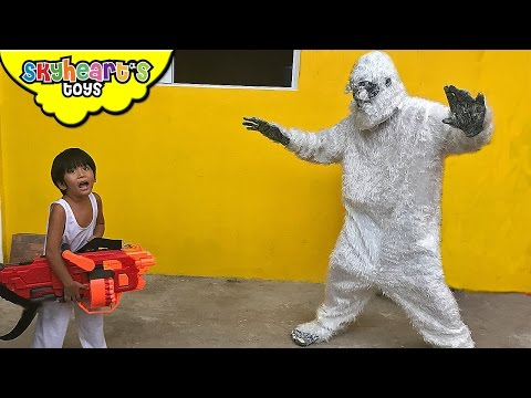 GIANT YETI VS. TODDLER Part 1 - Skyheart and Daddy goes to Nerf War Battle with a Monster