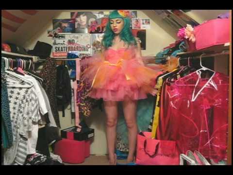 0 Worm Carnevale does Short Films