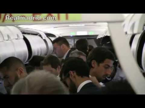 scenes - BEHIND THE SCENES: El viaje del Real Madrid a Liverpool por dentro Subscribe to Real Madrid on YouTube: http://bit.ly/NSyxv8 Like Real Madrid on Facebook: ht...