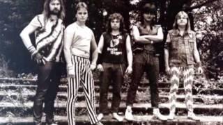 Video Hever - Chrante nase lesy (Girlschool)