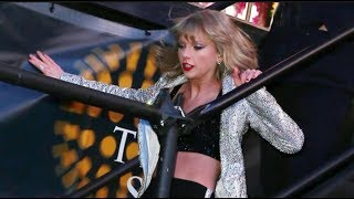 Taylor Swift - Funny Bloopers on Stage