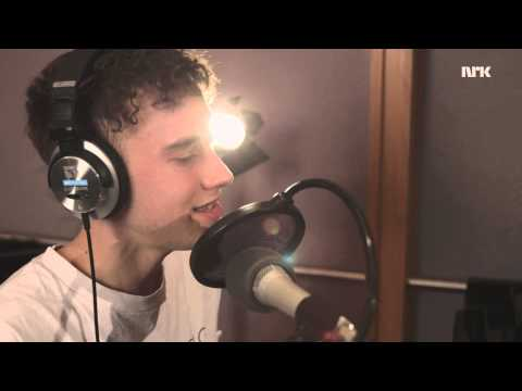 Tekst piosenki Years & Years - Love Me Harder (cover) po polsku