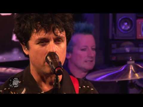 Green Day - Basketcase (Live at KROQ)