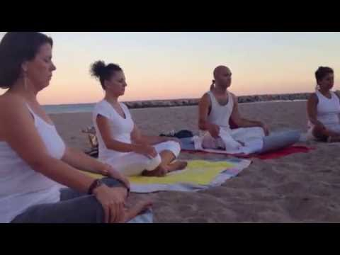 Sesión de Yoga en la Playa, julio 2013