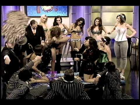 04/17/2012 esta noche en a que no puedes gangsters vs chicas de burlesque - Thumbnail