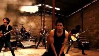 Song: ລອງເຈົ້າເປັນຂ້ອຍ Band: Translator in Vientiane Laos ເພື່ອສົ່ງເສີມເພງລາວ.