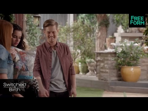 Switched at Birth 3.17 (Clip 'Toby's Gig')