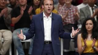 Video Le petit déjeuner surprise d'Emmanuel Macron avec des prêtres MP3, 3GP, MP4, WEBM, AVI, FLV Oktober 2017