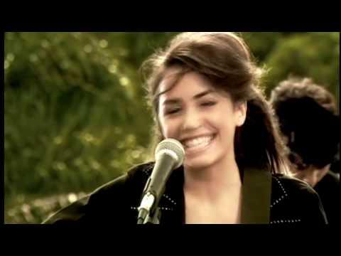 Me pasan cosas - Lali Espósito [HD] - Chiquititas (2006)