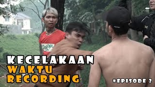 Video KECELAKAAN WAKTU MAU RCORDING ft YOUNGLEX | EPISODE 2 MP3, 3GP, MP4, WEBM, AVI, FLV Januari 2019
