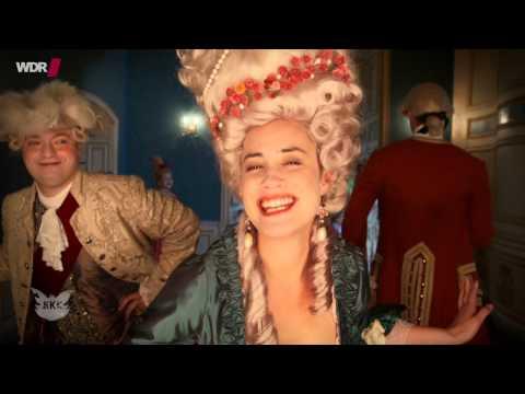 Ma-Ma-Ma-Marie Antoinette!