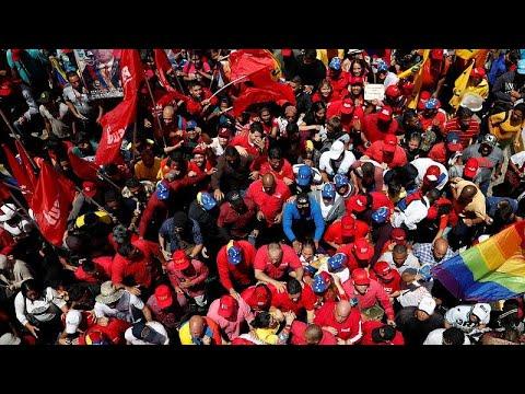 Venezuela: Vorwürfe und Demos - der Machtkampf geht w ...
