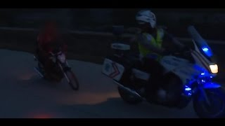 Video Kumpulan Aksi Dramatis Kejar-kejaran Polisi dengan Pelaku Balap Liar!!! - 86 MP3, 3GP, MP4, WEBM, AVI, FLV Desember 2018