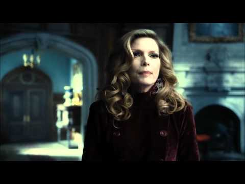 Dark Shadows (Featurette 'Man Behind the Shadows')