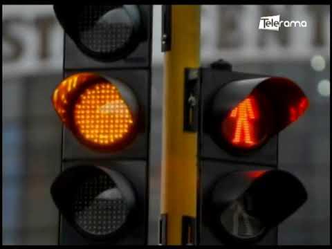 Segundo día en semáforo amarillo en Samborondón