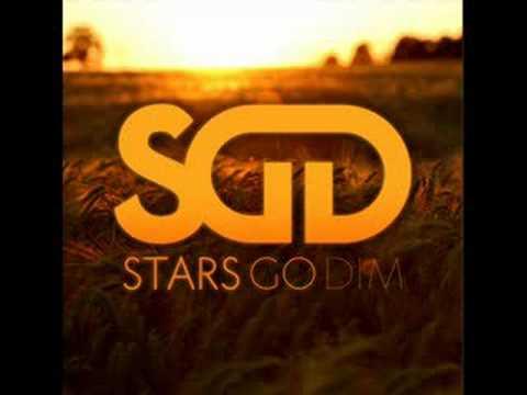Tekst piosenki Stars Go Dim - Crazy po polsku