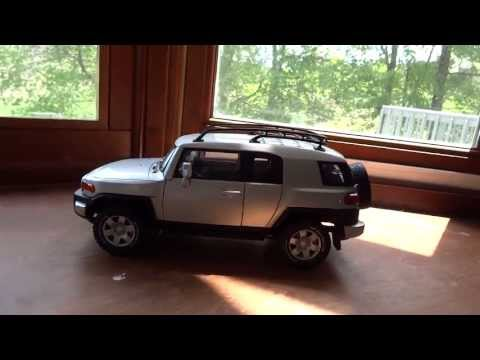 Review of 1/18 Toyota FJ Cruiser by Autoart