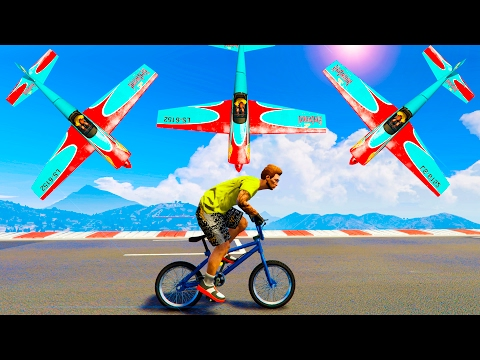САМОЛЕТЫ ПАДАЮТ С НЕБА НА БЕГУНОВ С BMX! (GTA 5 Смешные моменты) (видео)