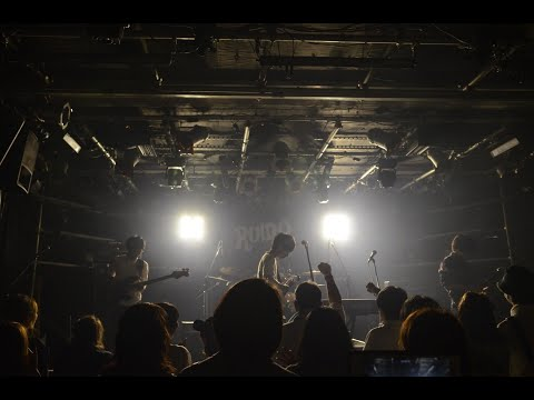 , title : 'COLORS TO COOKS/軌跡の交差点(LIVE MUSIC VIDEO)'
