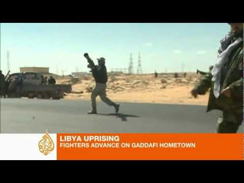 Rebels fight for Libyas Ras Lanuf 7march2011