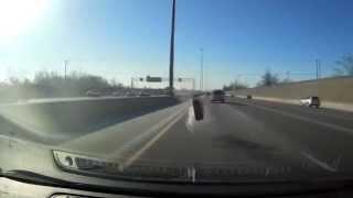 Оторвавшееся колесо едва не убило водителя