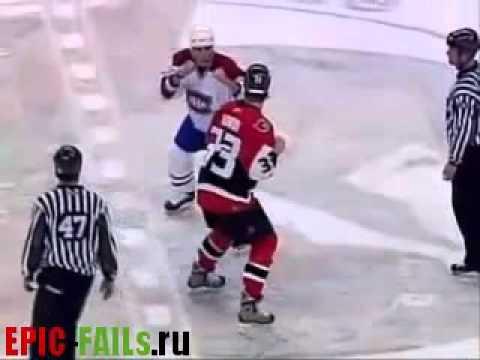 Самая жесткая драка в хоккее / Fight in Hockey FAIL (видео)