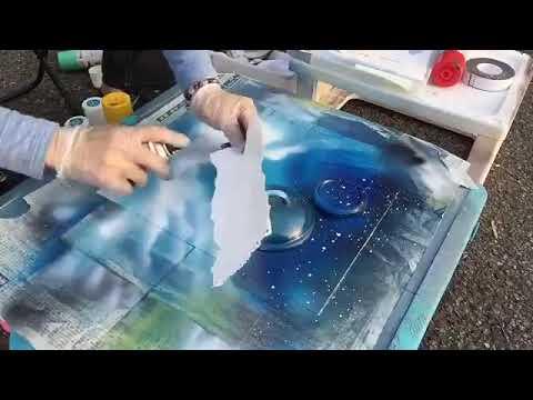 以為在亂噴一通,看最後簡直是完美的噴漆藝術!